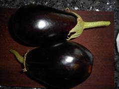 eggplant harvest of sorts 8-16 (10 of 14)